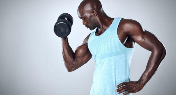 Comment se muscler facilement avec des haltères?