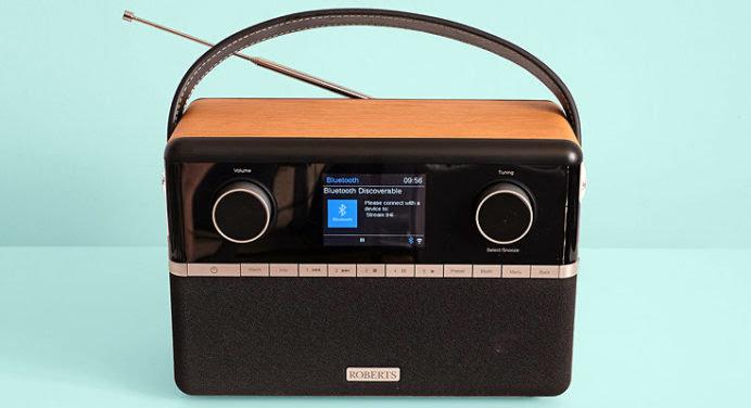 Retrouvez le bon son des radios high-tech au look vintage «Roberts»
