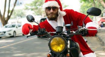 11 équipements moto pour Noël !