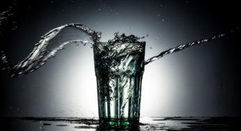 Eau plate ou eau gazeuse : que faut-il boire?
