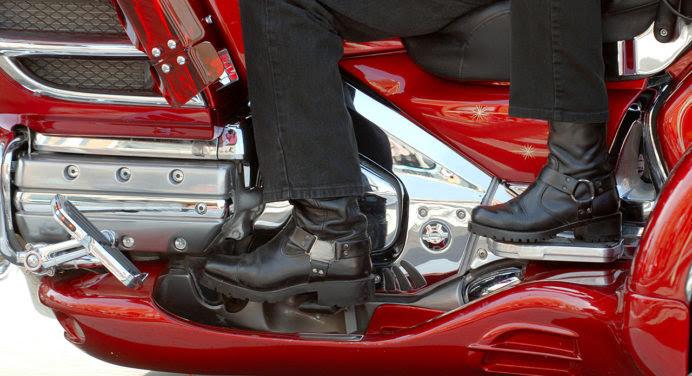 Bottes de moto : comment choisir le bon modèle ?