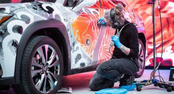 Lexus UX : la première voiture tatouée au monde !