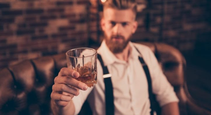 4 verres à whisky indispensables pour les hommes de (bon) goût