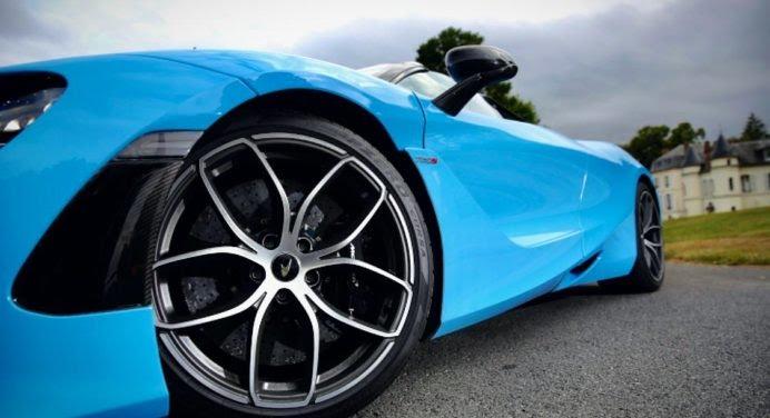 McLaren, Jaguar, Porsche : un road trip de rêve de 1745ch en 48h !