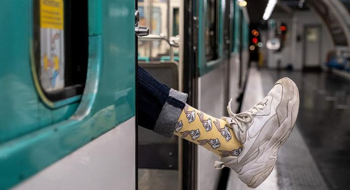 La RATP à vos pieds avec les chaussettes Serge Le Lapin