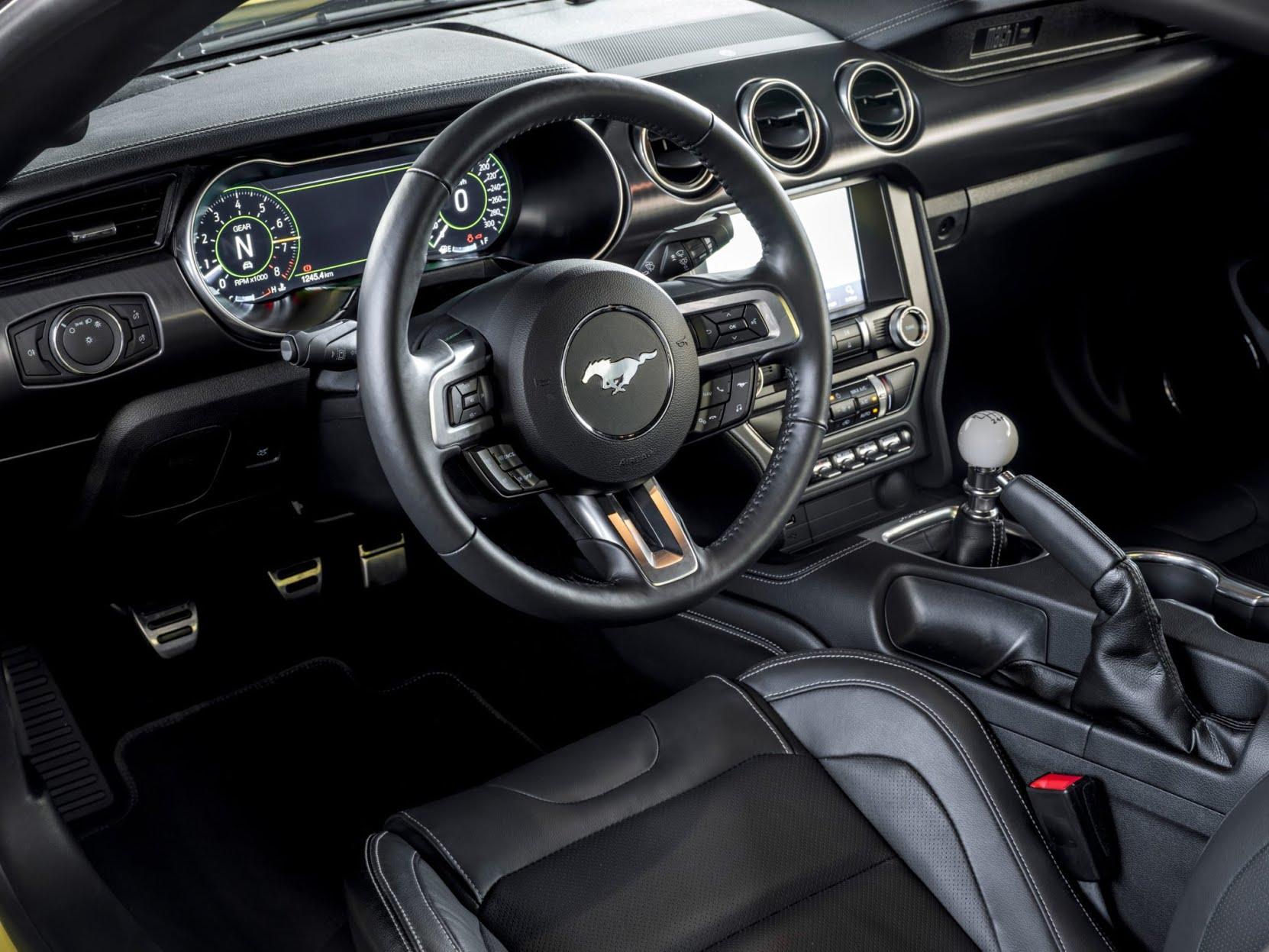 Intérieur de la Ford Mustang Mach 1