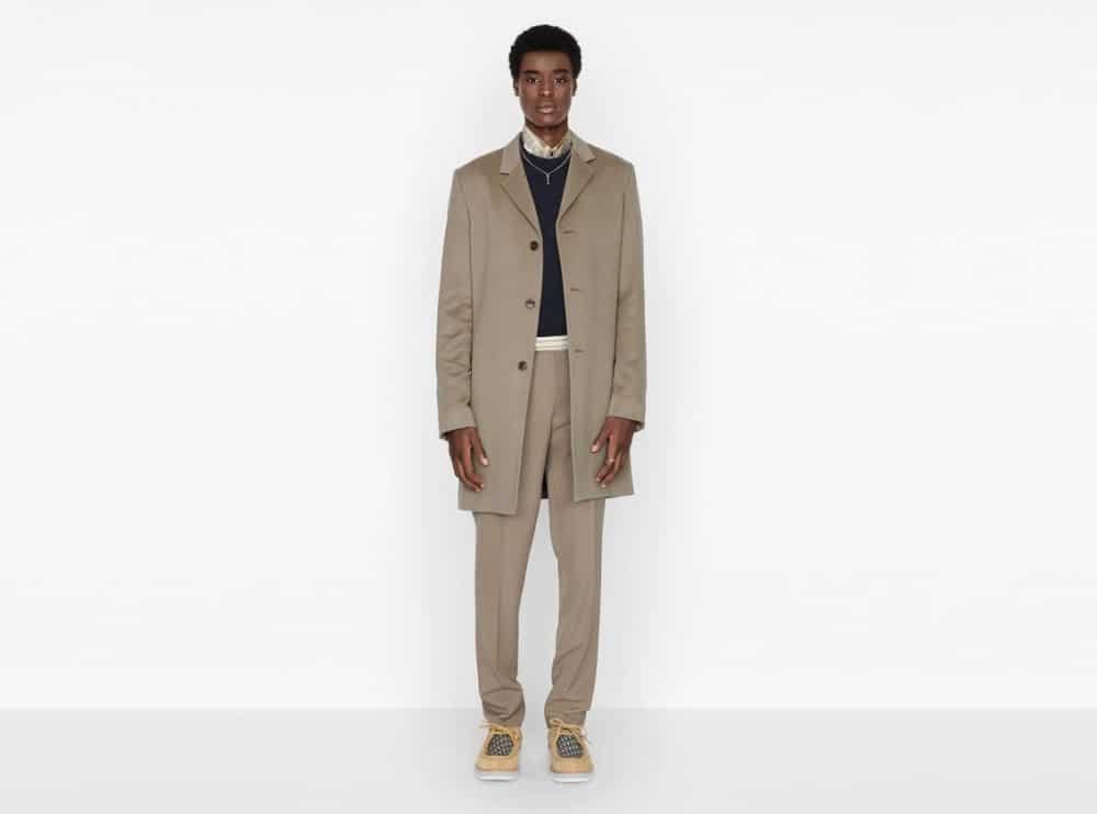 Look des années 80 dans le défilé Dior Homme 2021
