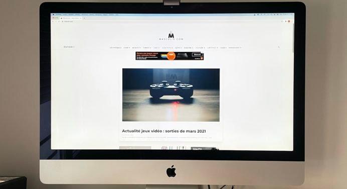 [TEST & AVIS] BenQ ScreenBar Plus : bien plus qu'une lampe de bureau