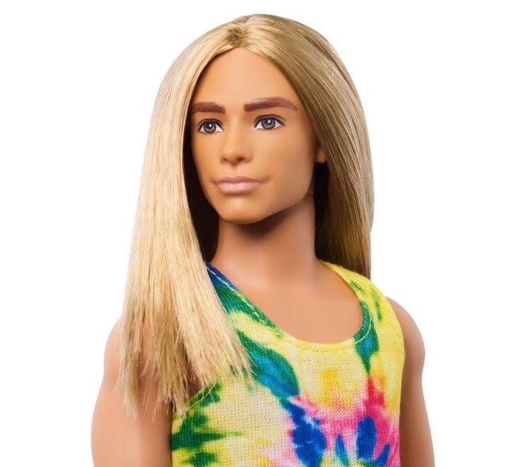 Poupée Ken Fashionistas cheveux longs