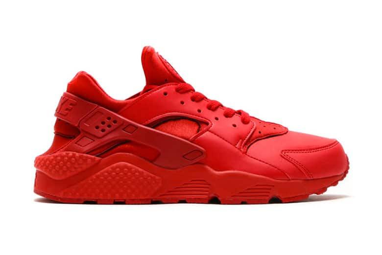 Nike Air Huarache Triple Red 2015
