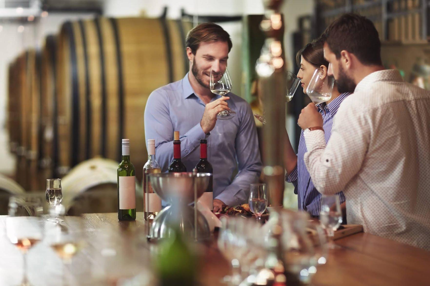 Activités réservées aux adultes : La dégustation de vins
