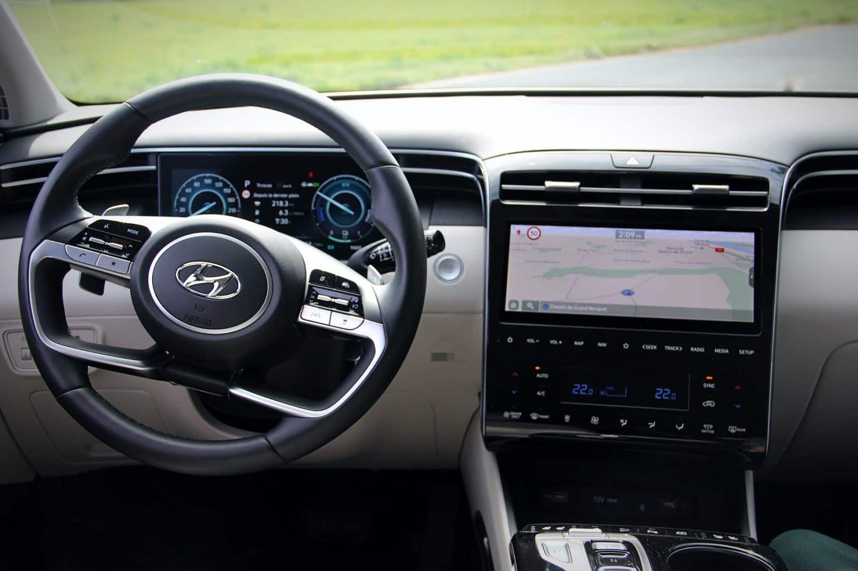 Planche de bord du Hyundai Tucson hybride