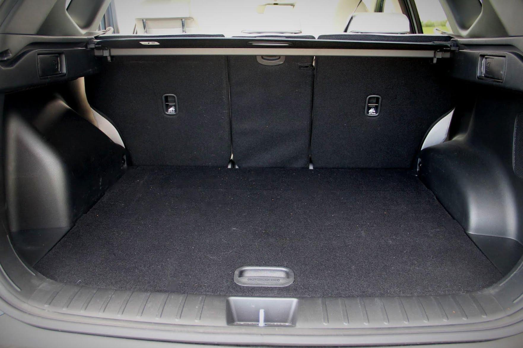 Le grand coffre du Hyundai Tucson hybride 2021