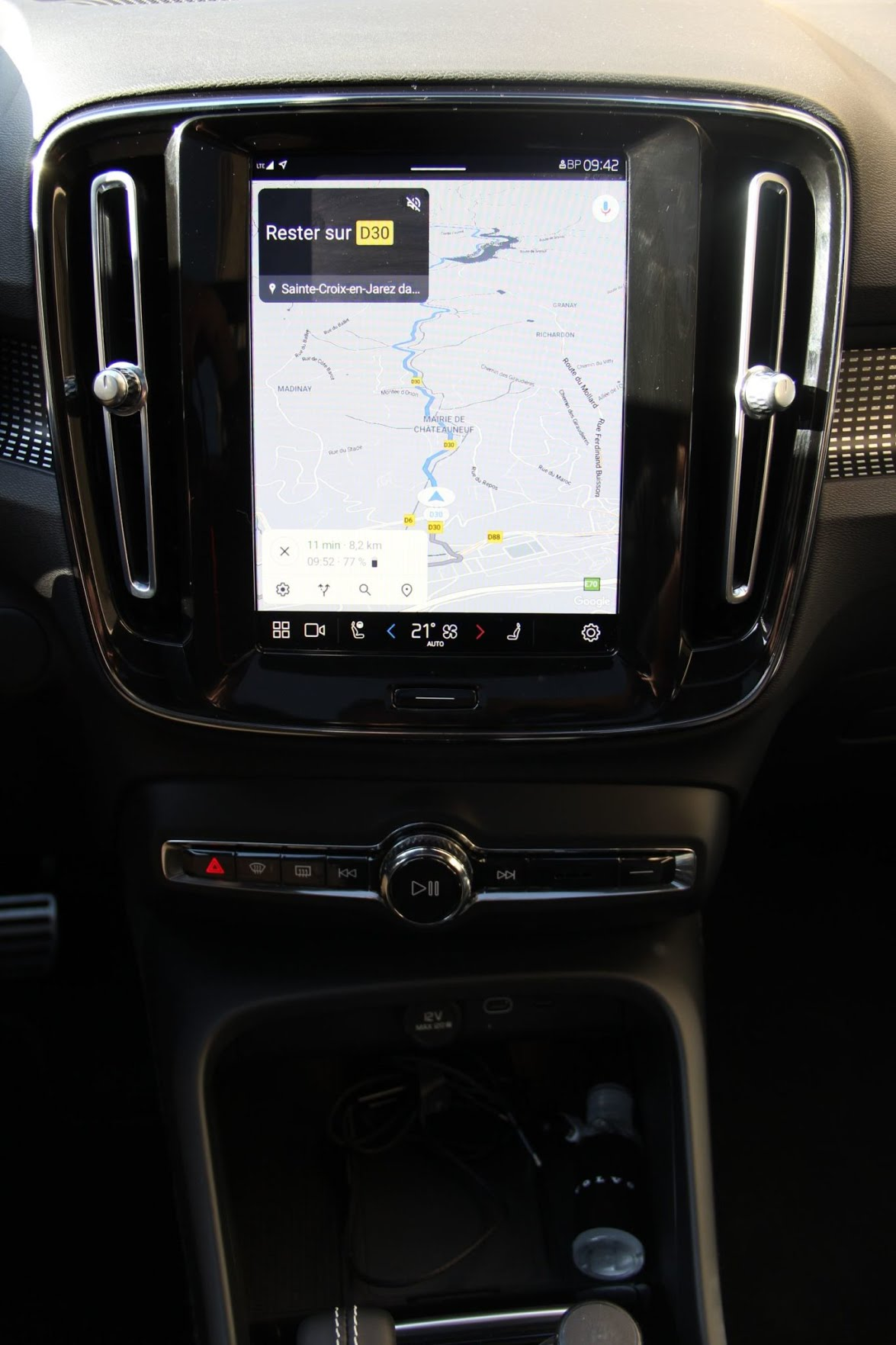 Volvo XC40 Recharge Twin - écran tactile