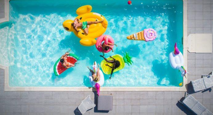 3 conseils pour organiser (et réussir) une pool party