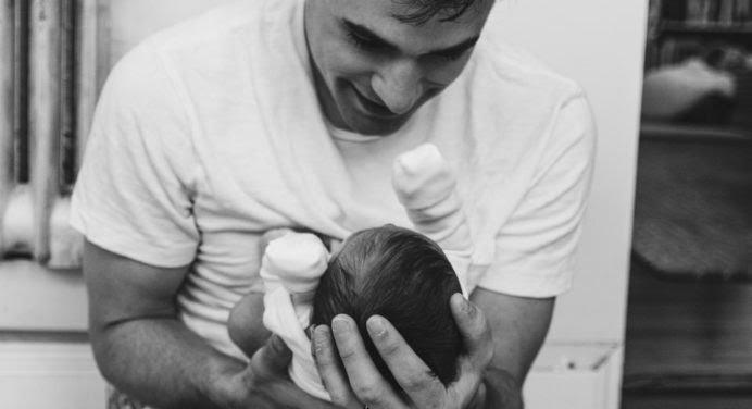Le congé paternité s'allonge en 2021