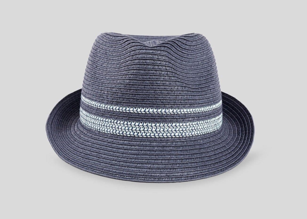 Type de chapeau homme - trilby en paille