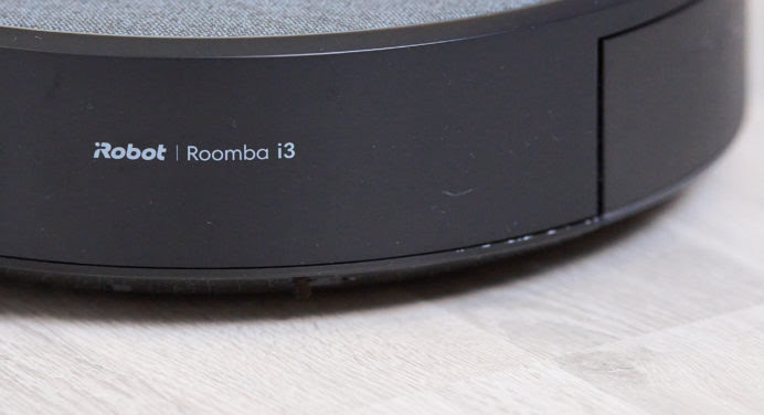 Test iRobot Roomba i3+ : l'indispensable Clean base