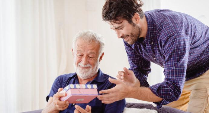Fête des pères 2021 : quel cadeau (se faire) offrir ?