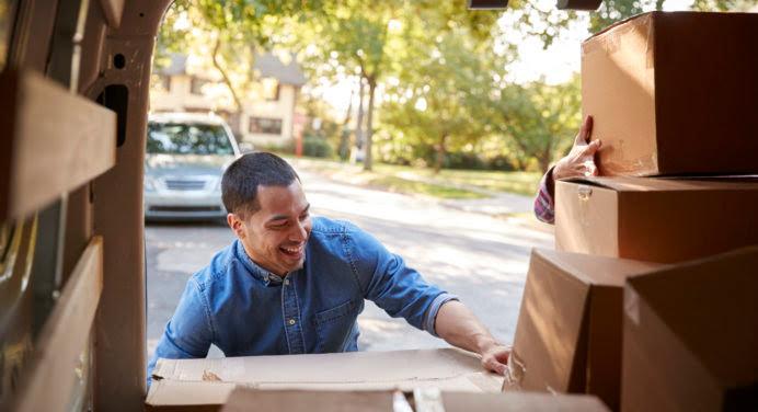 Garde-meuble : l'astuce stockage qui cartonne