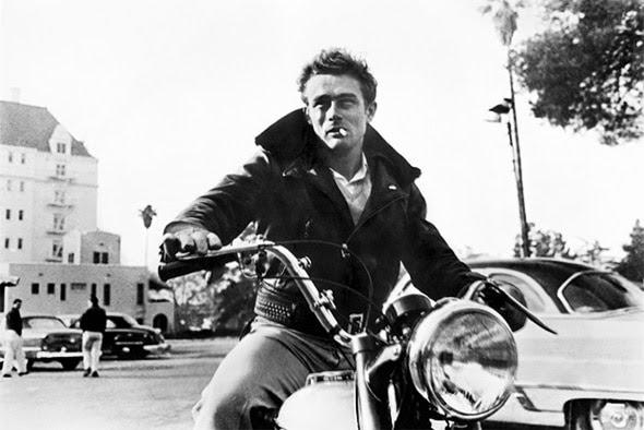 James Dean, sa moto et son Perfecto