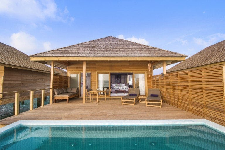 Hurawalhi Island Resort and Spa, hôtel de luxe et restaurant sous-marin aux Maldives
