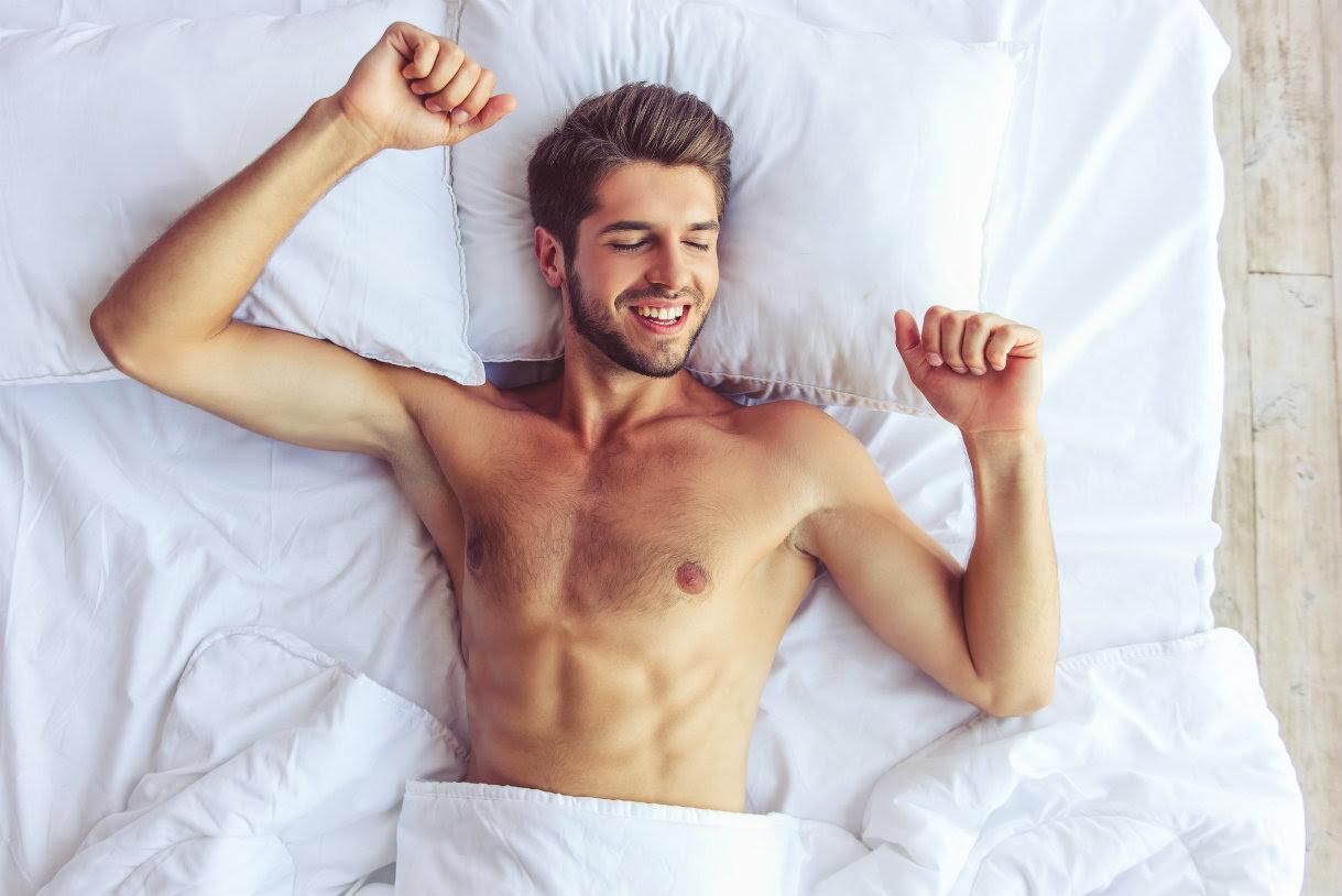 Pourquoi est-ce mieux de dormir nu ?