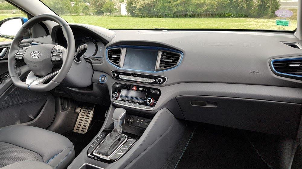 Intérieur de la Hyundai Ioniq hybride