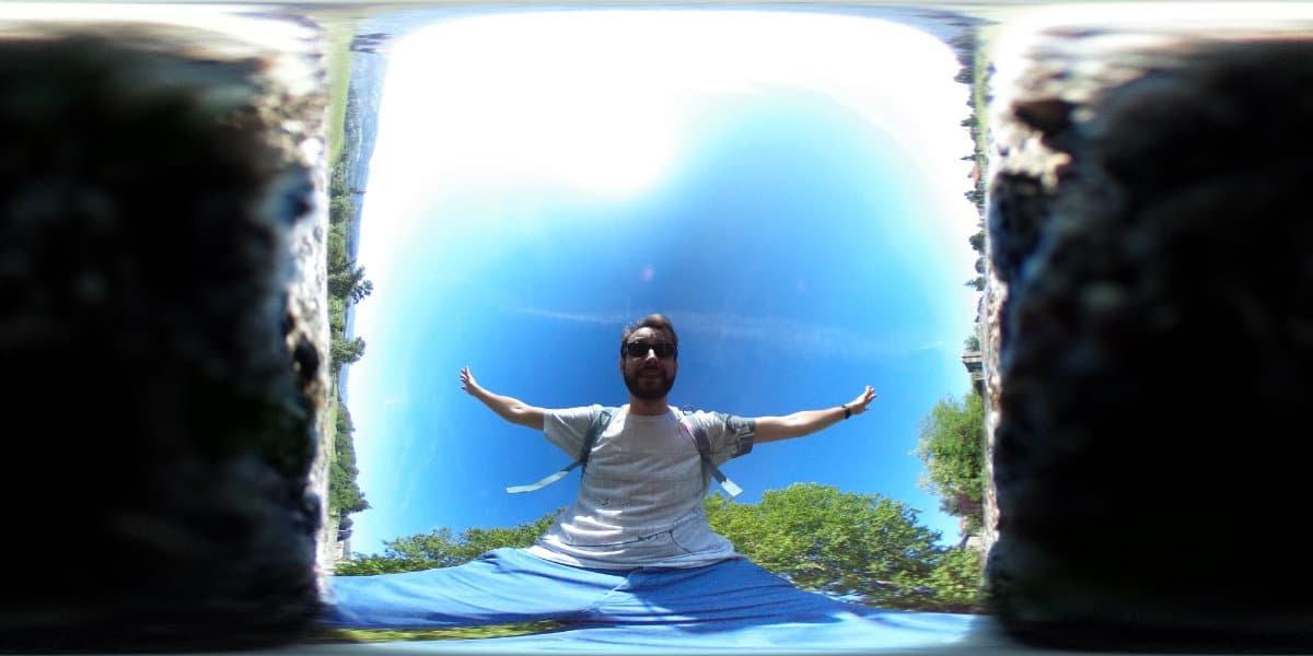Photo prise avec le Ricoh Theta S avant traitement 360°