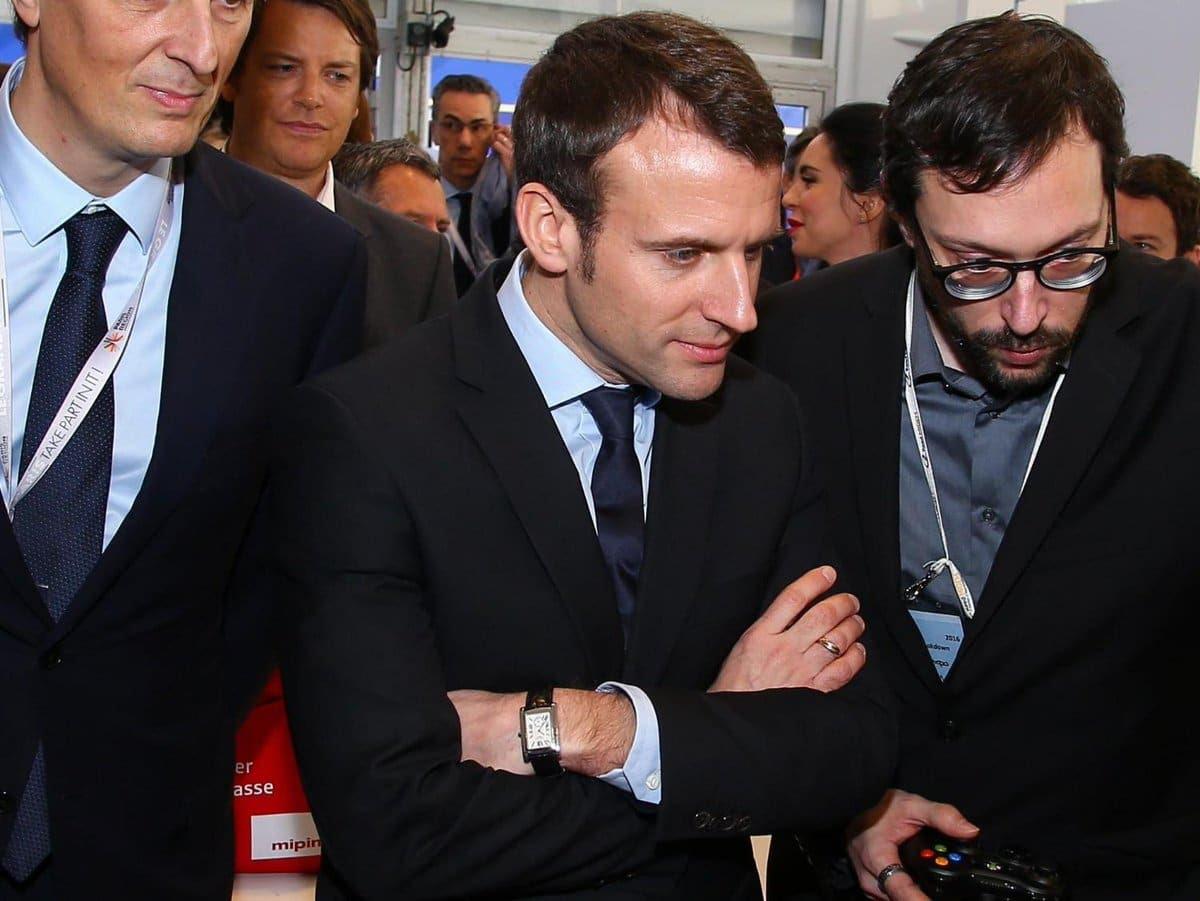 Quand Emmanuel Macron porte une montre Tank MC de Cartier