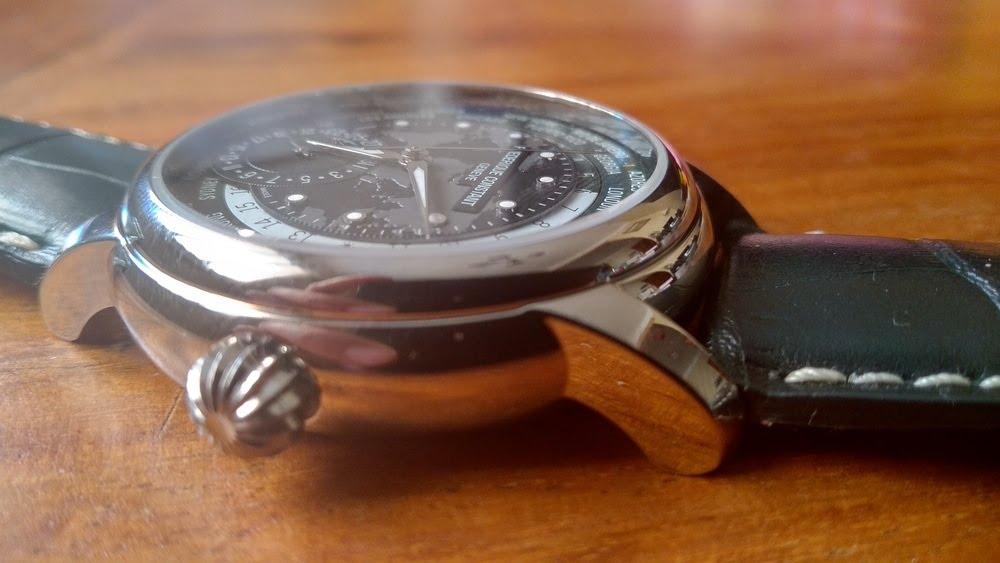Boitier de la montre Frédérique Constant Classic Manufacture Worldtimer