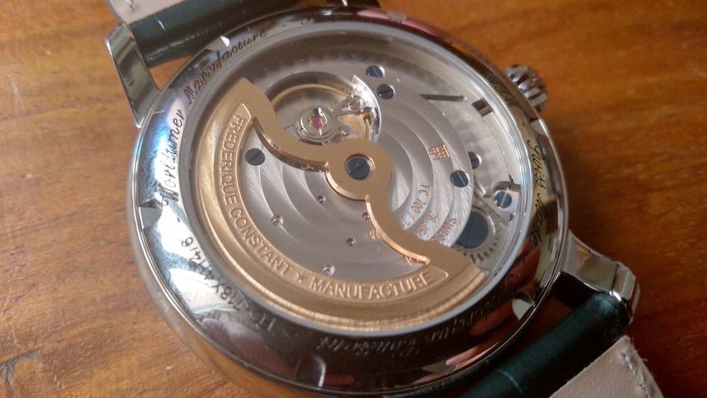 Fond trasnparent de la montre Frédérique Constant Classic Manufacture Worldtimer