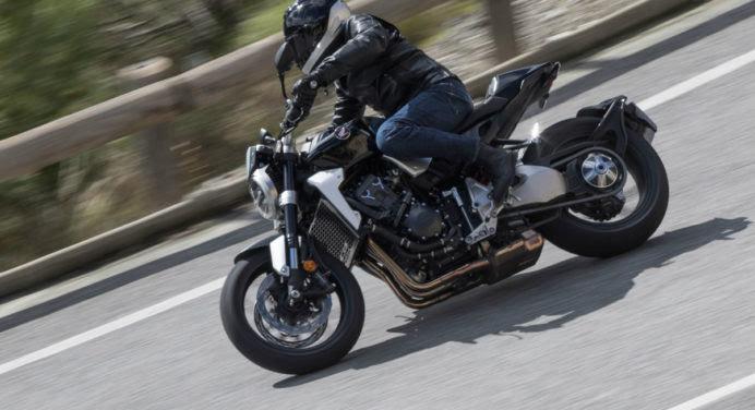 [ESSAI MOTO] Honda CB1000R : une moto qui n'a peur de rien
