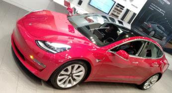 On est monté à bord de la Tesla Model 3
