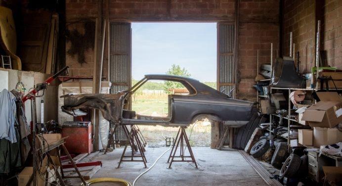 Comment restaurer sa première voiture de collection ?
